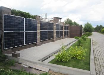 Установка солнечных батарей на вертикальной поверхности