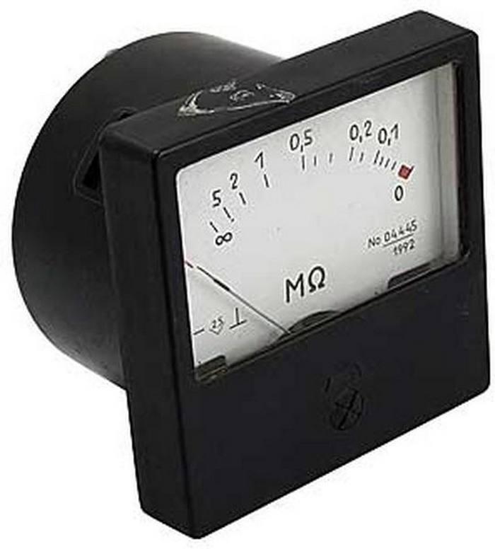Омметр для измерения напряжения в кабеле