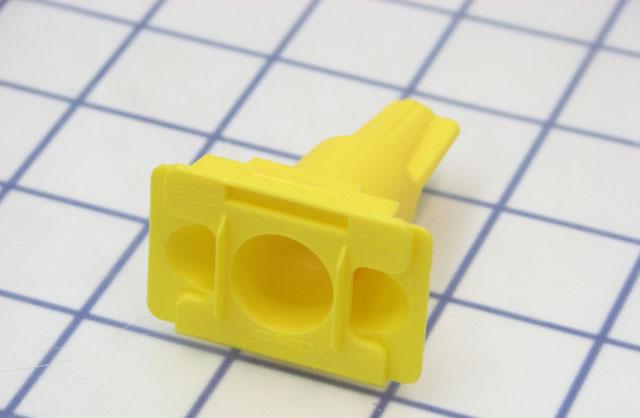 коннектор с силиконом для подключения проводов в земле