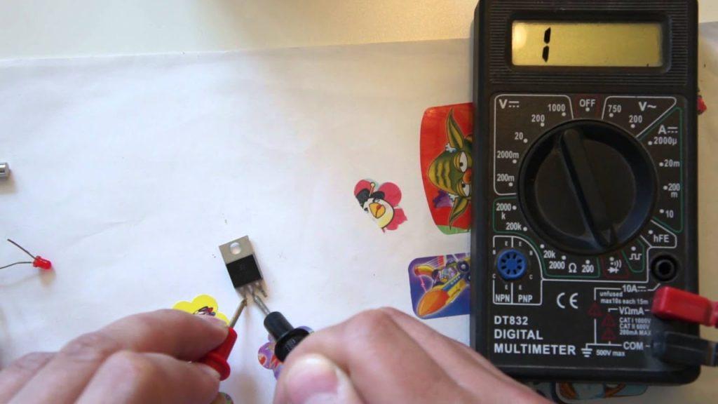 Мультитестер для проверки светодиода