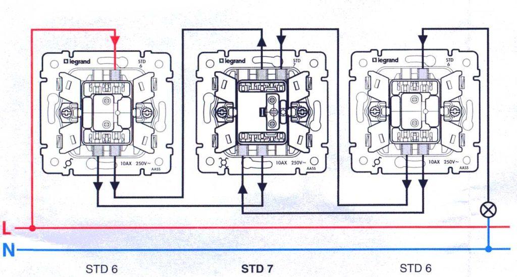 Схема подключения проходного выключателя.