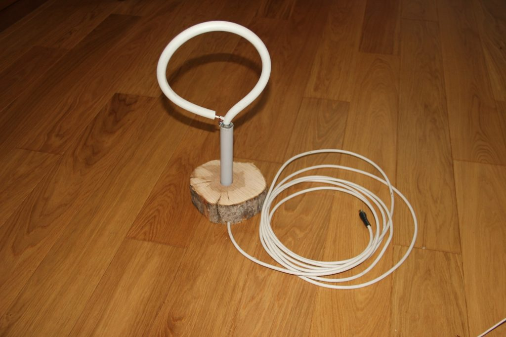 Антенна из коаксиального кабеля.